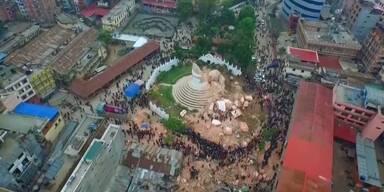 Drohne filmt Erdbebenschaden