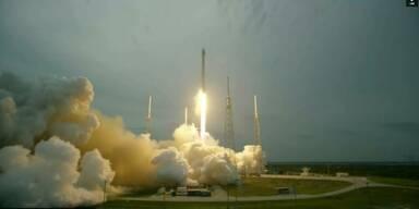 Erster Satellit erfolgreich ins All geschickt