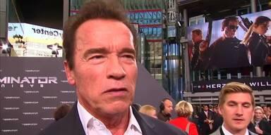 Arnie darf wieder ballern
