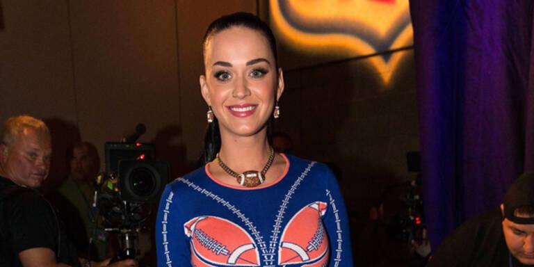 Katy Perry verspricht spektakuläre Show