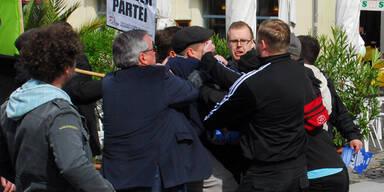 Neo-Nazis überfallen Mai-Kundgebung