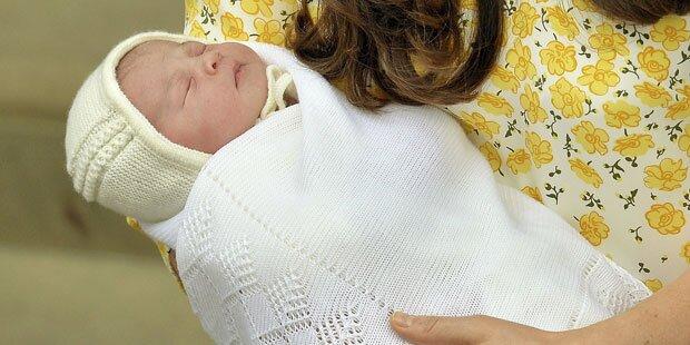 Kate-Baby trug Mützchen verkehrt