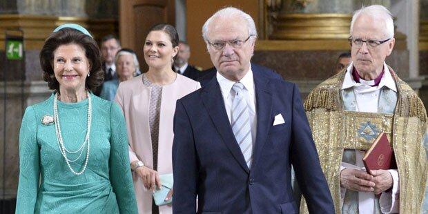Schreck bei Messe für Schweden-Baby