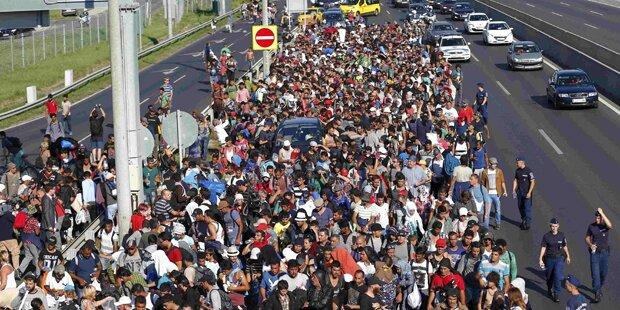 Ungarn will Flüchtlinge mit Bussen zu uns bringen