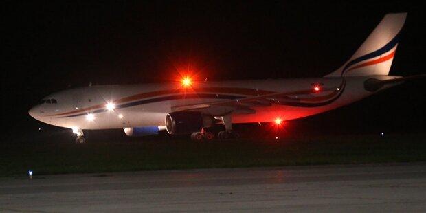 Suche nach verschleppter Flugzeugbesatzung