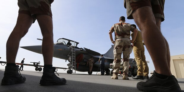 Luftangriffe vertreiben ISIS-Bosse