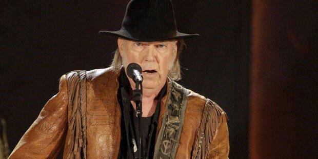 Neil Young: 2016 auf der Burg Clam