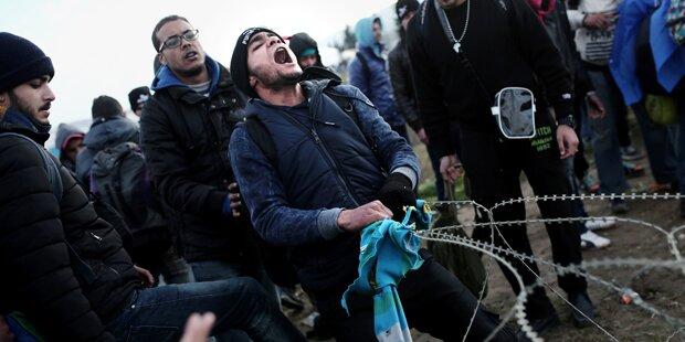 200 Flüchtlinge durchbrechen Grenzzaun