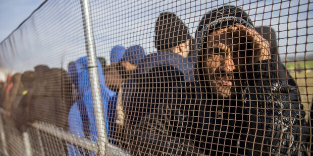 Asylwerber und Transitflüchtlinge werden getrennt