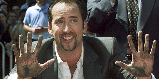 Nicolas Cage gibt Dino-Schädel zurück