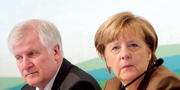 Seehofer distanziert sich von Merkels