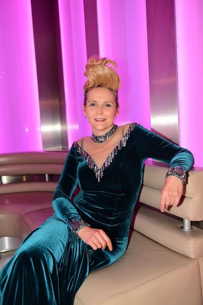 Helena Fürst bereit für den Opernball