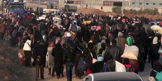 20.000 Syrer an einem Tag in Türkei gelandet