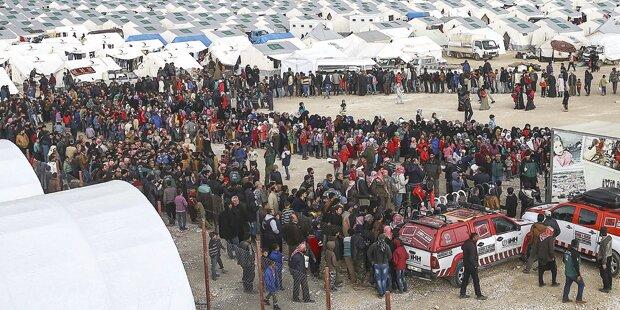 2.800 Flüchtlinge kommen pro Tag nach Griechenland