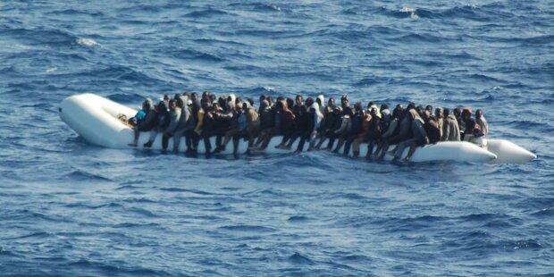 200.000 Flüchtlinge warten auf Überfahrt