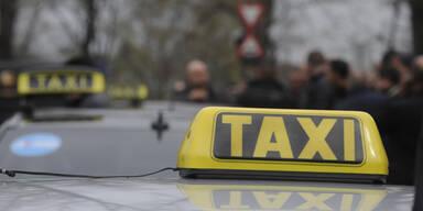 Beraubter Taxler (57) fuhr flüchtenden Täter nieder