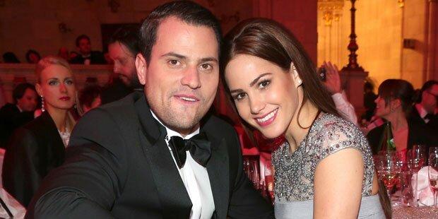 Angelina verpasst Rocco eine Ohrfeige