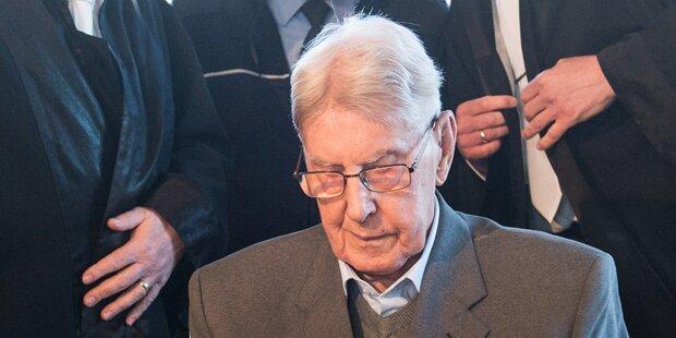 Auschwitz-Wachmann Hanning ein Jahr nach Urteil tot