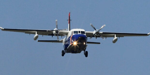 Trümmerteile von vermisstem Flugzeug entdeckt