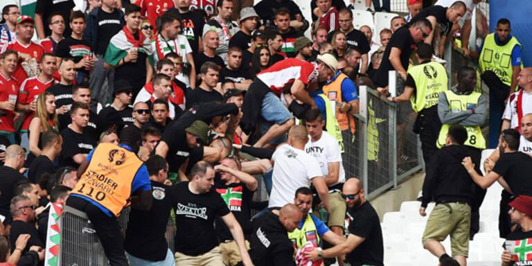 Ungarn-Fans randalieren im Stadion