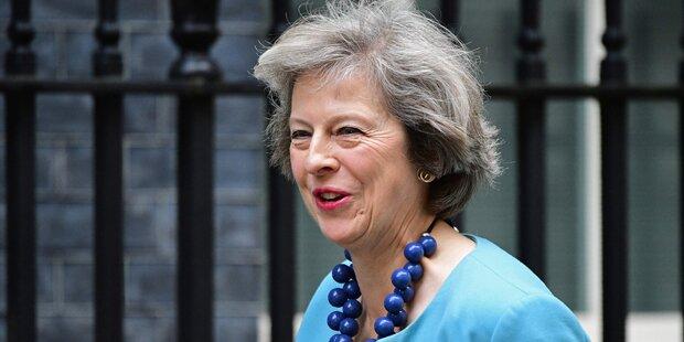 Neue Briten-Chefin May zittert vor Atomkrieg