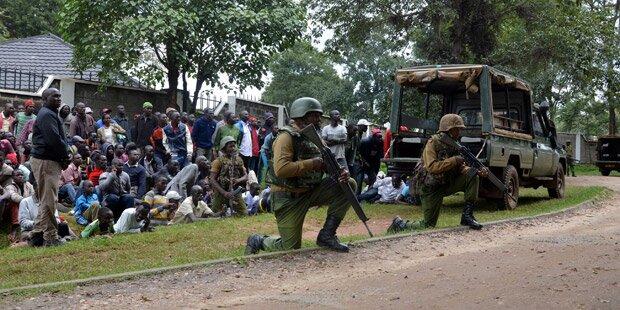 Polizist läuft Amok und tötet acht Menschen