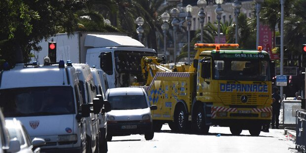 Nizza-Terror: Frankreich bombt aus Rache IS-Ziele