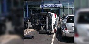 Frau schrottet Luxusauto