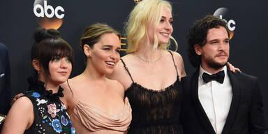 Maisie Williams, Emilia Clarke, Sophie Turner, Kit Harington