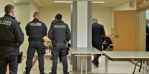 Wiener Mafia-Prozess: Angeklagte enthaftet