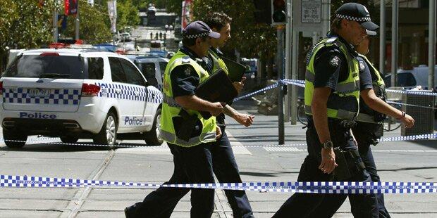 Auto rast in Melbourne in Menschenmenge - Vier Tote