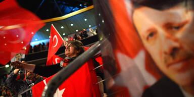 """Türkei: """"Unsere Brüder in Österreich sagen Ja"""""""