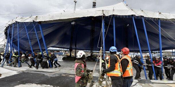 Zelt Auf Wohnmobilstellplatz : Quot cirque du soleil stellte zelt auf