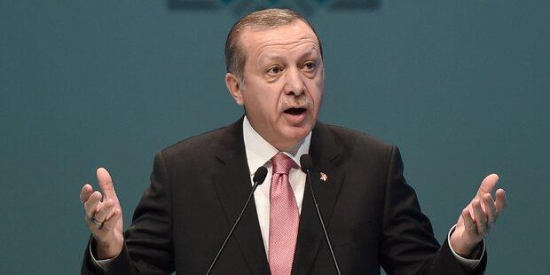 Erdogan lässt zwei Austro-Türken ausreisen