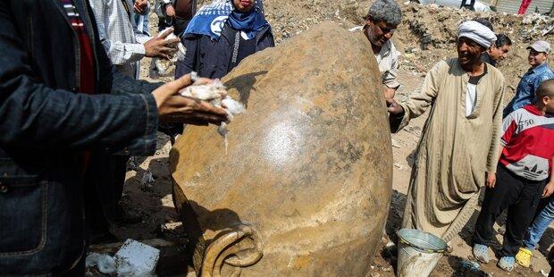 Pharaonenstatue doch nicht Ramses II.