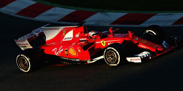 Ferrari zertrümmert Mercedes und Co.