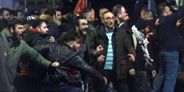 Auslandstürken als treue Erdogan-Fans bekannt