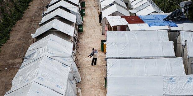 Flüchtling zündete sich an - Lebensgefahr