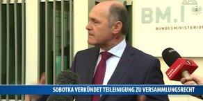 Sobotka verkündet Teileinigung zu Versammlungsrecht