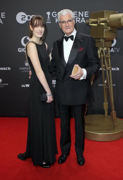 Sky du Mont & Tochter Tara Neven