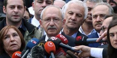 Oppositionspartei CHP stellt Legitimität infrage