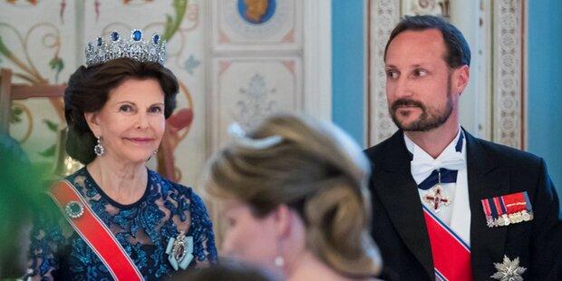 Mitten im Dinner verließ Prinz Haakon den Saal und kam völlig verändert zurück