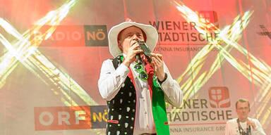 Schock: Edlseer-Sänger bricht hinter der Bühne zusammen