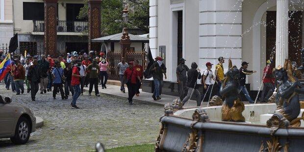 Venezuela: Parlaments-Belagerung beendet