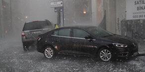 Schweres Unwetter verwüstet Istanbul