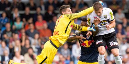 1:0 - Torhüter & Joker retten 'Bullen'