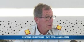 Pressekonferenz nach Zeltfest-Drama