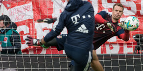 Droht Manuel Neuer erneut eine OP?