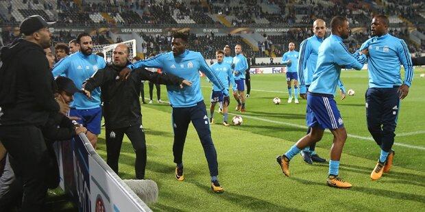 Skandal-Tritt: UEFA sperrt Evra lang