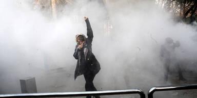 Iran-Proteste: 200 Festnahmen und 2 Tote